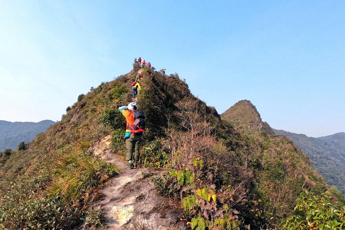 đường lên đỉnh Tà Xùa